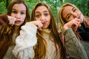 mustachegirls